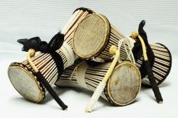 Tama-tambour-parlant-senegal-peau-varan